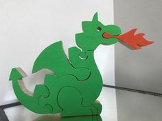 Children's Wooden Fire Breathing Dragon Puzzle Free-standing - Handmade in the U. Diy Wooden Projects, Wooden Diy, Wood Crafts, Jigsaw Puzzles For Kids, Wooden Puzzles, Dragon Kid, Fire Breathing Dragon, Animal Puzzle, Komodo Dragon
