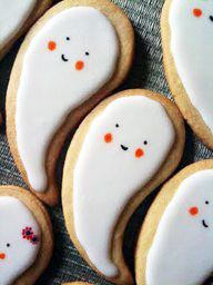 Ghost Cookies w your paisley cookie cutter...I like when you can use the same cutter for diff things