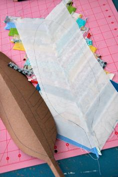 Little Bit Funky: how to make quilted {or pieced} feathers.