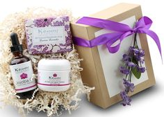 LAVENDER and ROSE ORGANIC BATH and BODY GIFT SET - Pamper Her w/ All Natural Luxury! - Scented w/ Pure Essential Oils -Beautifully Packaged and Ready to Give ** You can find out more details at the link of the image.