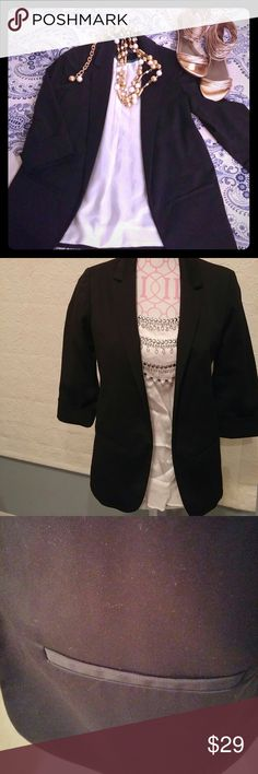Topshop NEW tuxedo jacket Super cute 3/4 sleeve jacket that you can dress up or down. Fully lined. Topshop Jackets & Coats Blazers
