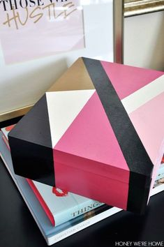 55 Ideas diy box wooden paint for 2019 Wooden Box Crafts, Painted Wooden Boxes, Wooden Jewelry Boxes, Wood Boxes, Hand Painted, Wood Box Design, Design Design, Painting Wooden Furniture, Rustic Furniture