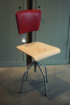 Vintage Küchenstuhl / vintage chair, modern living by Stattfein via DaWanda.com