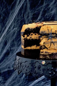 Mud Cake con Chantilly al Mascarpone / Mud Cake with Mascarpone Chantilly Halloween Cakes, Halloween Party, Mud Cake, Chocolate Cake, Desserts, Recipes, Food, Mascarpone, Rezepte