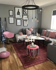 Awesome modern farmhouse living room are available on our internet site. look at this and you wont be sorry you did. Cute Living Room, Living Room Decor Cozy, Living Room Grey, Living Room Interior, Burgundy Living Room, First Apartment Decorating, Living Room Inspiration, Home Decor Furniture, Apartment Living