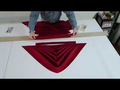 Do NOT make a swag valance before watching this! Watch the one AMAZING difference you can make when cutting and pleating your swag treatment! Watch how to cut and pleat a swag for a more professional look. Need a swag pattern? Swag Curtains, Double Rod Curtains, No Sew Curtains, Rod Pocket Curtains, Modern Curtains, Country Curtains, Fold Bed Sheets, Valance Patterns, Valance Ideas