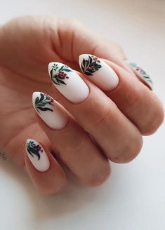 Christmas Nail really the perfect choice for your holiday nail art designs. #ChristmasNail     #shortnails #nails #nailscolor #artnails #fioralnails #almondnails #coffinnails