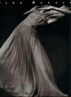 Pina Bausch Pina Bausch, Contemporary Dance Moves, Modern Dance, Tango, Dance Images, Dance Movement, Dance Teacher, Stage Set, Ballet