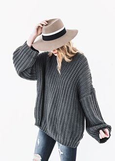 Kinloch Chunky Knit, wide brim hat, jessakae, fashion, style, hair, blonde hair, wavy hair, fall fashion, winter fashion, sweater, makeup #HatsForWomen2018