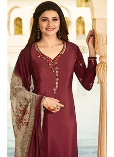 Maroon Embroidered Crepe Suit features a beautiful crepe suit alongside a santoon bottom. A chiffon dupatta completes the look. Embroidery work is completed with zari and thread. Salwar Suit Neck Designs, Silk Kurti Designs, Neck Designs For Suits, Silk Saree Blouse Designs, Kurta Designs Women, Hand Embroidery Dress, Embroidery Suits, Embroidery Fashion, Pakistani Dresses Casual
