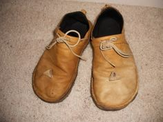 Backpacking light.com. Make your own gear blog. Perfect homemade shoes without gaiters.