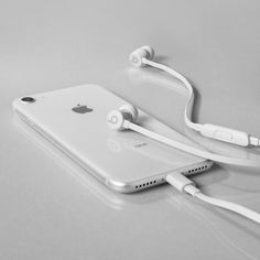 It seems that everyone has an iphone. The iphone has quickly become among the most widely-used pieces of technology, but using it sometimes can be quite tricky. Iphone 3gs, Iphone Ringtone, Free Iphone, Iphone Cases, Iphone Charger, Apple Watch Iphone, Phone Apple, Ipod Touch, Electronics Gadgets