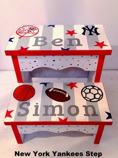 New York Yankees Baby Step Stool - Baby's Breath and Holly