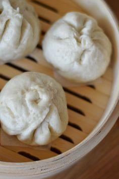 Pork / Chicken Bao (Steamed Bun) 菜肉包   DimSumptuous  Finally found the perfect bun recipe using cake flour!