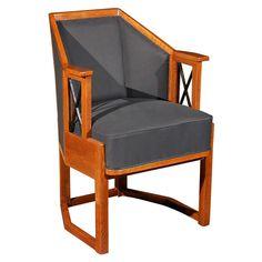 Koloman Moser Arm Chair at 1stdibs www.1stdibs.com768 × 768Buscar por imágenes
