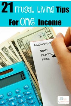 21 Awesome Frugal Living Tips for One Income Don't miss our top 21 Frugal Living Tips For One Income to keep your family doing great while you are on limited income! Tons of frugal lifestyle tips! Living On A Budget, Family Budget, Frugal Living Tips, Frugal Tips, Frugal Family, Frugal Recipes, Family Family, Budgeting Finances, Budgeting Tips