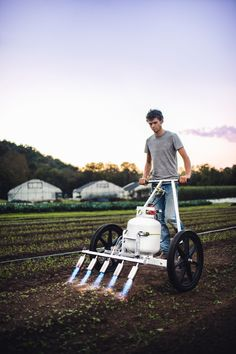 The Pyroweeder's multi-burner, light-weight, and back-saving design is here to revolutionize flame weeding on small farms! Farm Tools, Garden Tools, Hydroponic Gardening, Organic Gardening, Agriculture, Farming, Agricultural Implements, Farm Business, Market Garden