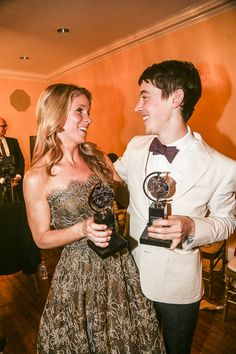 Photo of Aww! The King and I star Kelli O'Hara and The Curious Incident of the Dog in the Night-Time's Alex Sharp are both first-time Tony winners. Broadway Nyc, Broadway Theatre, Musical Theatre, Kelli O'hara, The Pajama Game, Tony Winners, Lame Jokes, Red Carpet Party, Theatre Geek