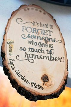 DIY Woodburned Tribute Plaque for a Loved One - For Beginners!