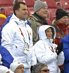 Casual Felipe and Letizia→FELIPE AND LETIZIA 2006 winter Olympics, Turin.