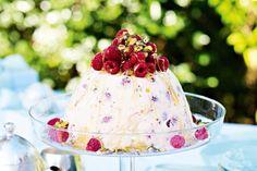 Raspberry & pistachio ice-cream pudding for Christmas fusspots like me who don't like Christmas cake