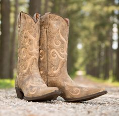 Eight Second Angel Women's Grandstand Cowgirl Boot - Crackle Tan  http://www.countryoutfitter.com/products/56861-womens-grandstand-boot-crackle-tan?lhs=u_i_i_n_alhb=CO&lhc=womens_boots&lhg=eight_second_angel&utm_source=pinterest&utm_medium=social