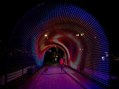 Thousands of LED Lights Create a Tunnel of Hopes via MMM As part of Vivid Sydney Designworks worked with The Benevolent Society to create an amazing interactive light installation that consists. Light Art Installation, Interactive Installation, Art Installations, Inspirer Les Gens, Portal, Sydney, Marketing Magazine, Light Tunnel, Exhibition