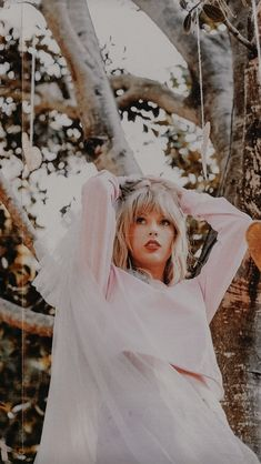 Stunning Photo Editing Work Created on Fotor Online Photo Editor –by Nikolaine Trajika Castellone on Taylor Swift Album, Long Live Taylor Swift, Taylor Swift Pictures, Taylor Alison Swift, Taylor Swift Casual, Taylor Lyrics, The Witcher 2, Poker Face, Musica Lady Gaga