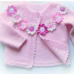 Knitting For Kids, Crochet For Kids, Loom Knitting, Knitting Stitches, Baby Knitting, Crochet Top, Knitting Patterns, Knit Baby Sweaters, Baby Yellow