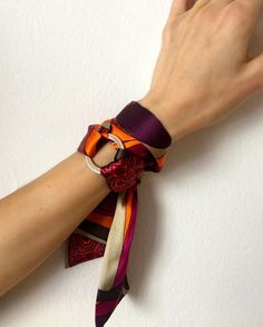 by SilkPhilosophy Purple Bracelet. by SilkPhilosophy Purple Bracelet. - My Accessories World Estilo Hippie, Scarf Rings, Bandana Scarf, Bandana Bracelet, Pinterest Fashion, How To Wear Scarves, Turbans, Neck Scarves, Mode Outfits