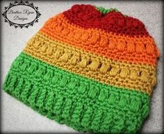 Ladies Whimsical Warmth Beanie ~ Free Crochet Pattern ༺✿ƬⱤღ http://www.pinterest.com/teretegui/✿༻