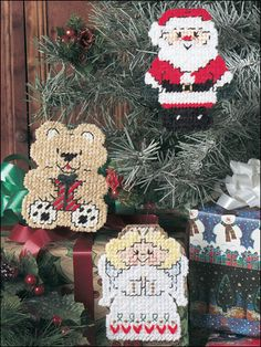 Santa Wreath Christmas Plastic Canvas PATTERN//INSTRUCTIONS RARE