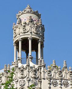 Barcelona Casa Lleó Morera, via Flickr.