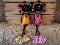 boneca-mariquinha Tiny Dolls, Soft Dolls, Cute Dolls, Bag Patterns To Sew, Doll Patterns, Doll Crafts, Sewing Crafts, Diy Doll Pattern, African Crafts