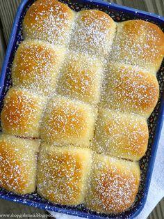 Shopgirl: Traditional Czech Buchty - Sweet Buns filled with Rosehip Jam Czech Desserts, Just Desserts, Delicious Desserts, Dessert Recipes, Eastern European Recipes, Sweet Buns, Czech Recipes, Something Sweet, Sweet Bread