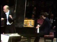 ▶ Beethoven - Concerto No.5 [Piano: Vladimir Ashkenazy, Conductor: Bernard Haitink, Concertgebouw Orchestra, Live from Amsterdam 1974]