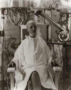 1920's beauty salon