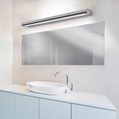 LEDS-C4 Splash: Ob an der Wand angebracht zur Raumbeleuchtung oder als Spiegelbeleuchtung in Flur oder Bad, die moderne Splash macht stets eine gute Figur. Dabei überzeugt sie optisch wie funktional: Charakteristika sind ihre edle Optik ebenso wie ein blendfreier, angenehmer Lichtaustritt und eine hohe Schutzart, die die Leuchte auch fürs Bad qualifiziert. Wählen Sie frei aus, wo genau Sie die Leuchte in Haus oder Wohnung platzieren möchten! #spiegelleuchte #spiegel #bad #reuterde #reuter