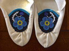 Ojibwe Women's Split toe Moccasins made by Greg Johnson, Lac du Flambeau Ojibwe (Deloney Private Collection)