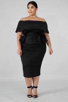 Curvy Outfits, Classy Outfits, Plus Size Outfits, Fashion Outfits, Classy Clothes, Sweater Dress Outfit, Long Sleeve Sweater Dress, Dress Up, Long Gown Elegant