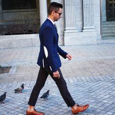 blue blazer, black skinny chinos, brown brogues