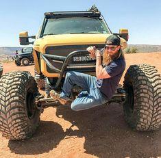 Love this picture an I LOVE the brodozer Ford Falcon, Ford Raptor, Ford Pickup Trucks, Lifted Trucks, Monster Jam, Monster Trucks, Diesel Brothers, Diesel Trucks, Car Stuff