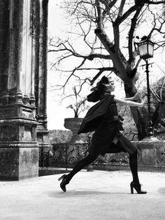 """""""Seduced by the dark side"""". Gemma Ward by Mario Testino"""