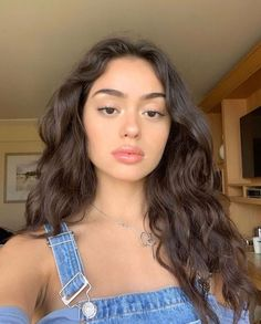 10 Biggest Spring/Summer 2020 Hair Color Trends You'll See Everywhere Natural Makeup Looks, Natural Summer Makeup, Natural Hair, Aesthetic Girl, Hair Inspo, Pretty Face, Pretty People, Makeup Inspiration, Hair Goals