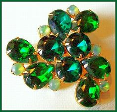 "Vintage Rhinestone BROOCH Pin High End Emerald Green Floral Gold Metal 2.5"" EX"