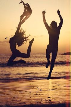 dancing in the dusk Pure joy http://www.amazon.com/The-Reverse-Commute-ebook/dp/B009V544VQ/ref=tmm_kin_title_0