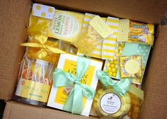 Send a box of sunshine to a friend having hard times or a bad day (wrap each item in ribbon). Craft Gifts, Diy Gifts, Cute Gifts, Best Gifts, Holiday Gifts, Christmas Gifts, Box Of Sunshine, Sunshine Studio, Mellow Yellow