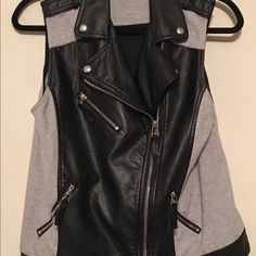 Forever 21 vest Forever 21 vest....like new! Forever 21 Jackets & Coats Vests