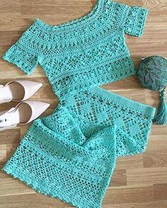 Crochet Cardigan Pattern, Crochet Blouse, Crochet Bikini, Crochet Top, Crochet Patterns, Crochet Ideas, Crochet Flower Tutorial, Crochet Slippers, Knit Skirt