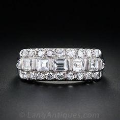 Art Deco Diamond Band Ring in Platinum